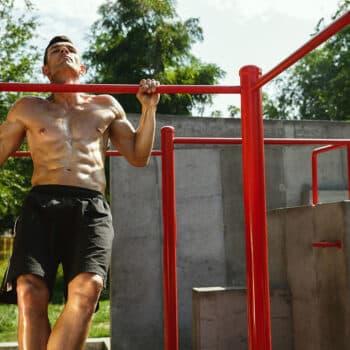 Calistenia: o exercício feito com o peso do corpo